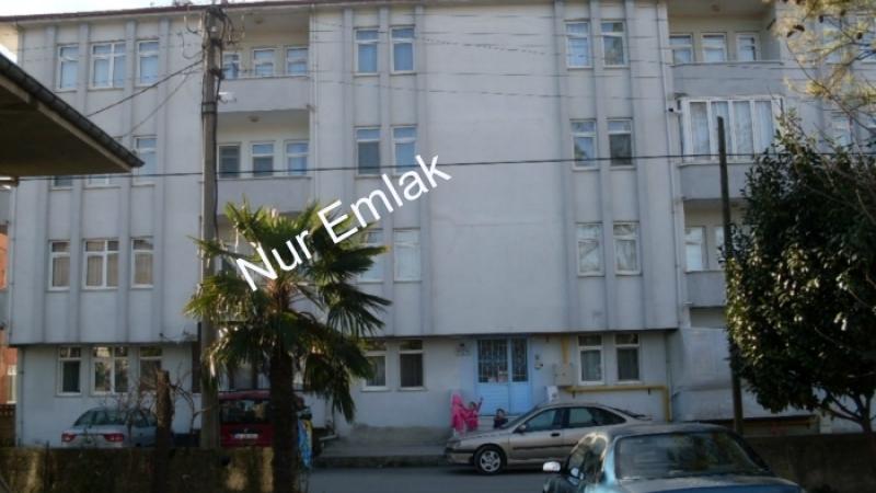 Akyazının elit mahallesinde satılık daire