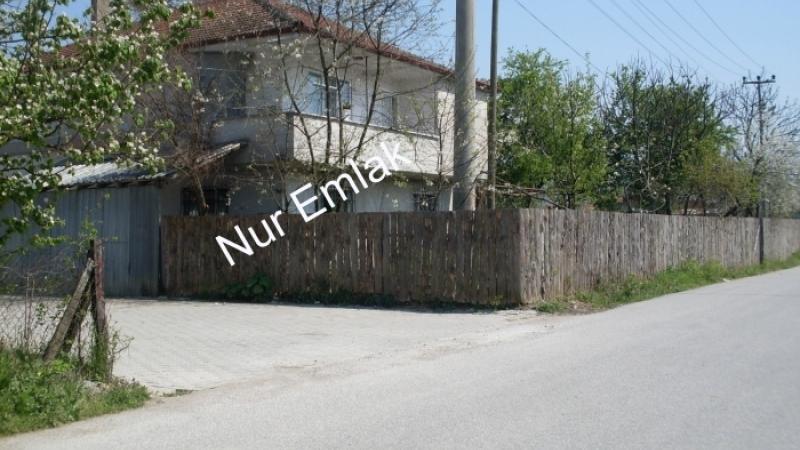 Toki evleri civarında satılık arsa